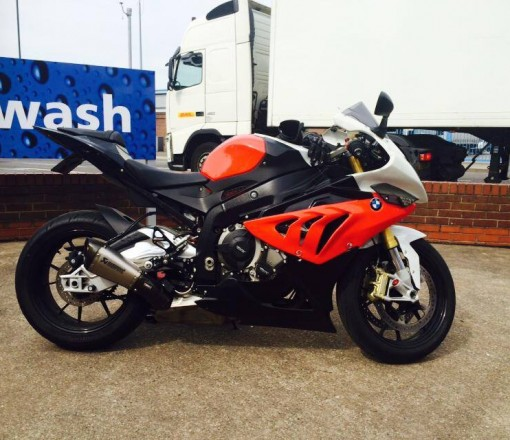bmw s1000rr road bike